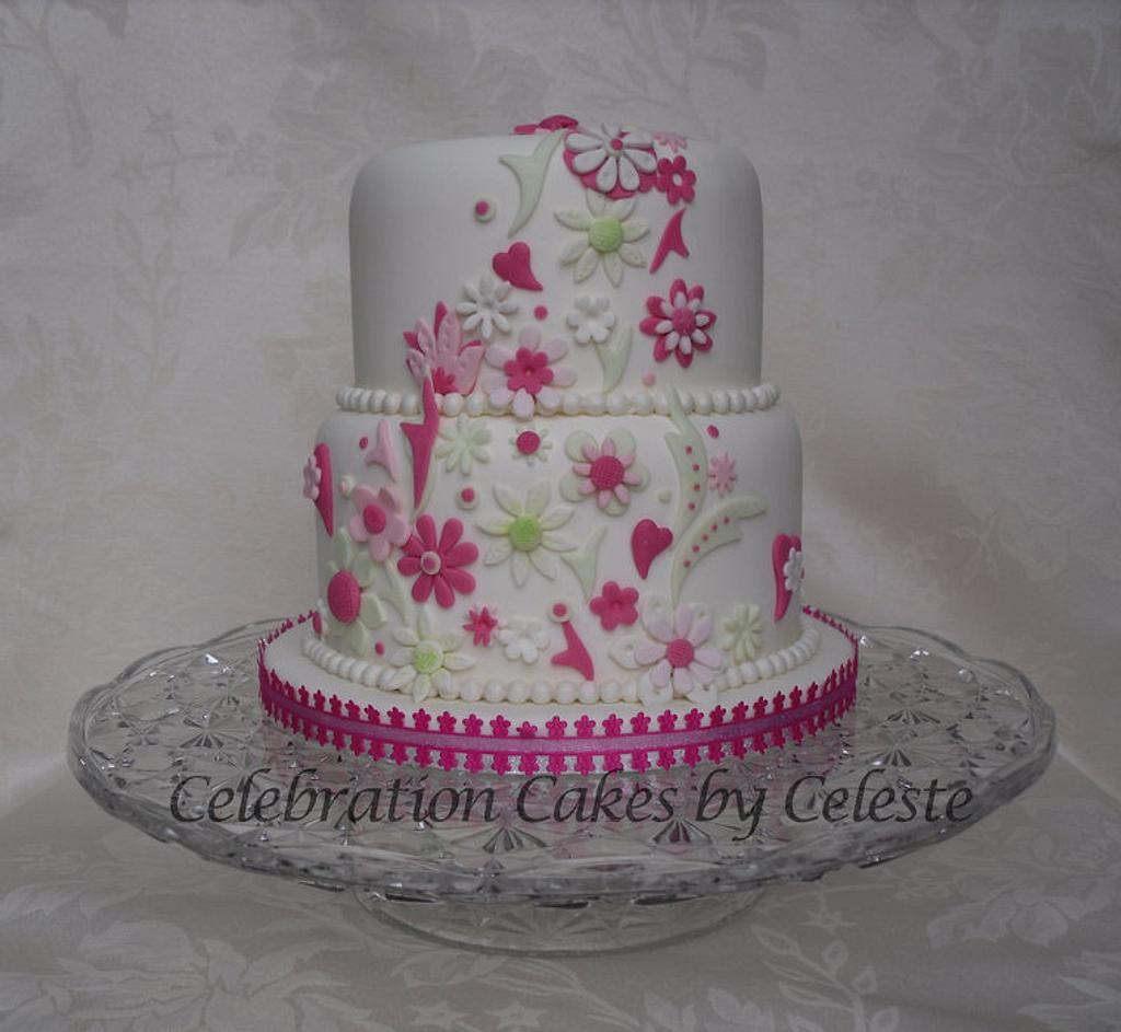Fantasy flowers, pearls and hearts by Celebration Cakes by Celeste