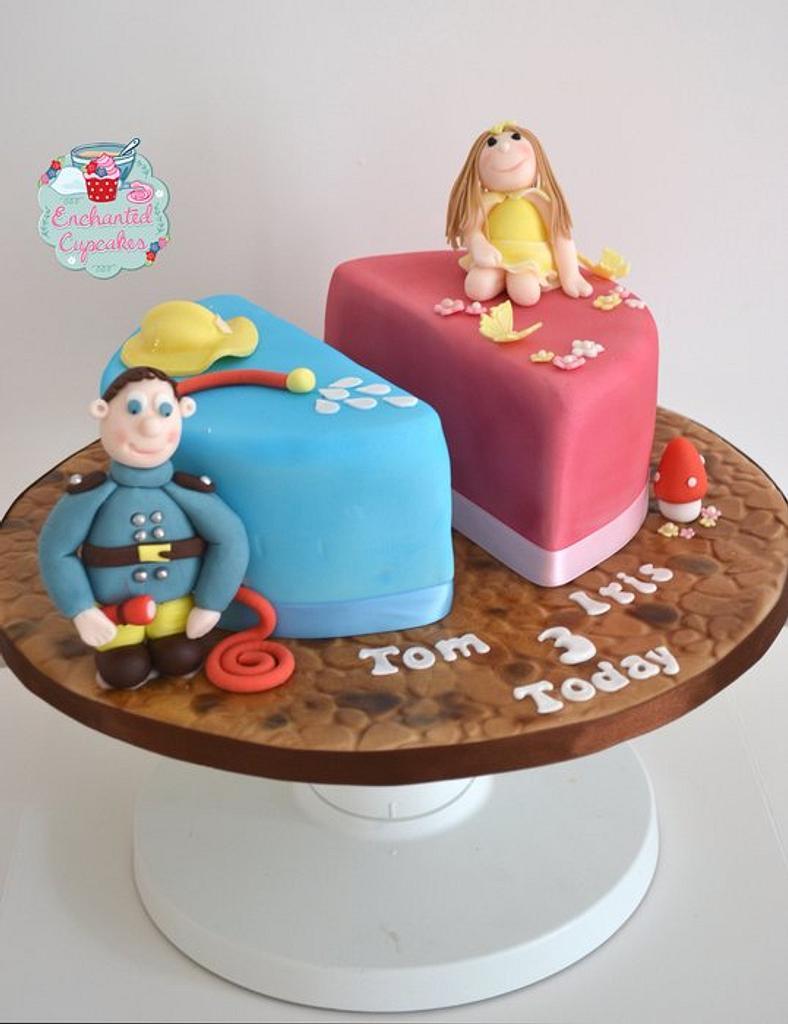 Split cake for twins by Enchantedcupcakes