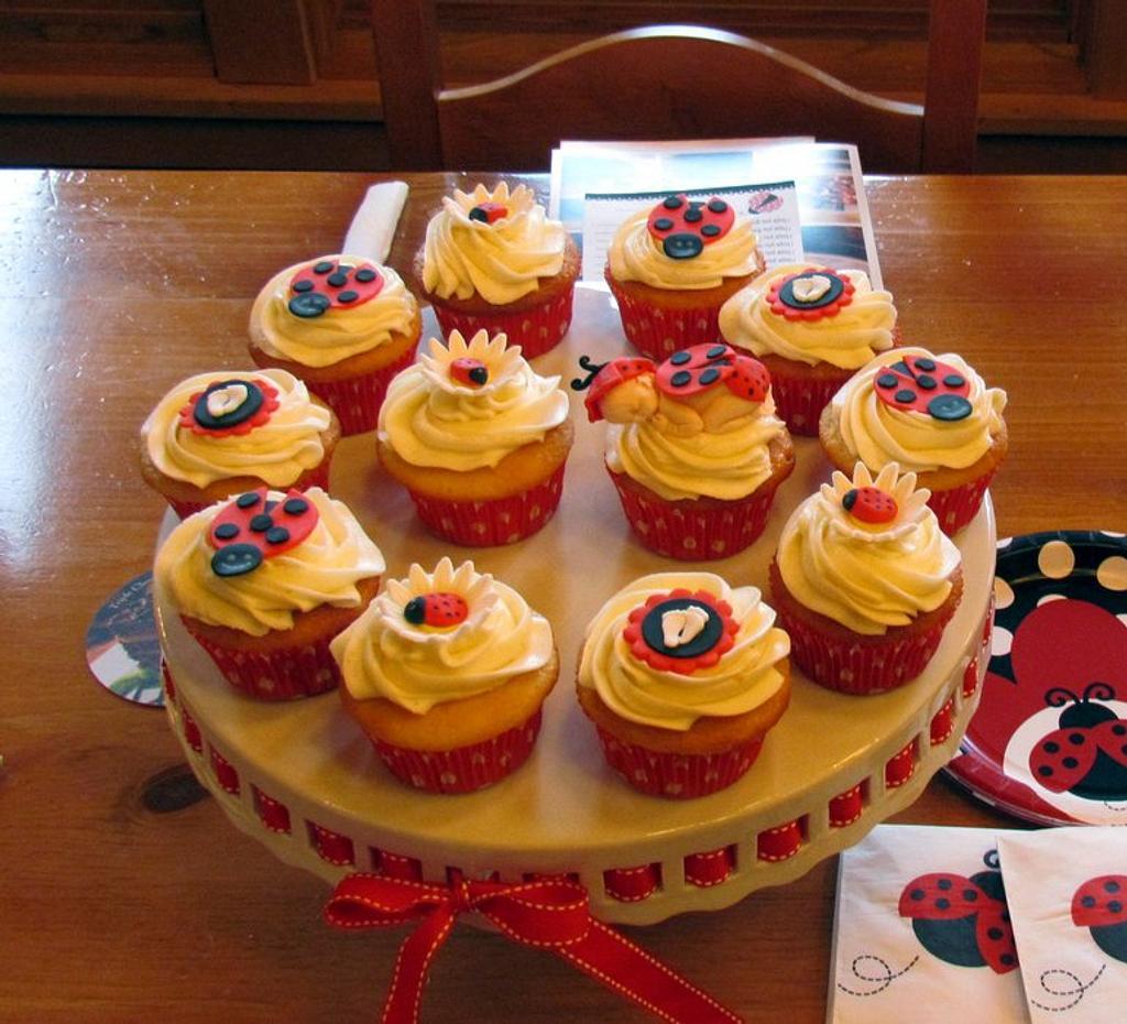 Ladybug Baby Shower Cupcakes by Jaybugs_Sweet_Shop