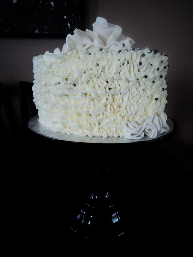 White Ruffles by The Cakery