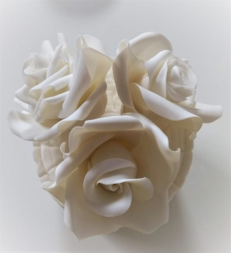 Roses  by Clara