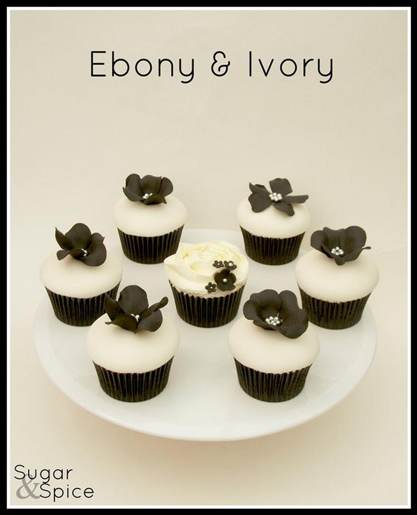 Ebony & Ivory by Sugargourmande Lou