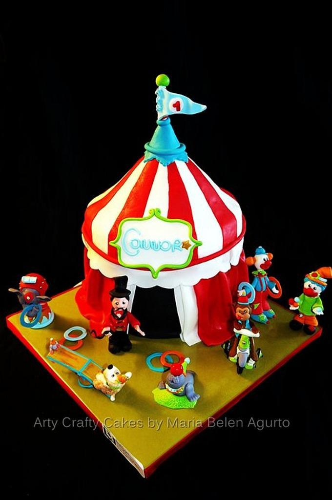 Circus tent Cake by Maria