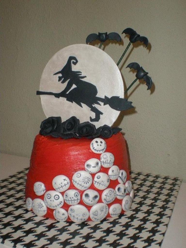halloween cake by Elena Garcia Rizo