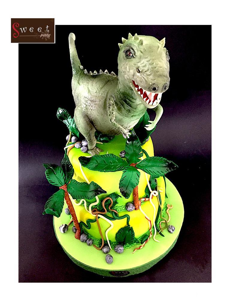 Dinasour cake  by  Vale Logroño