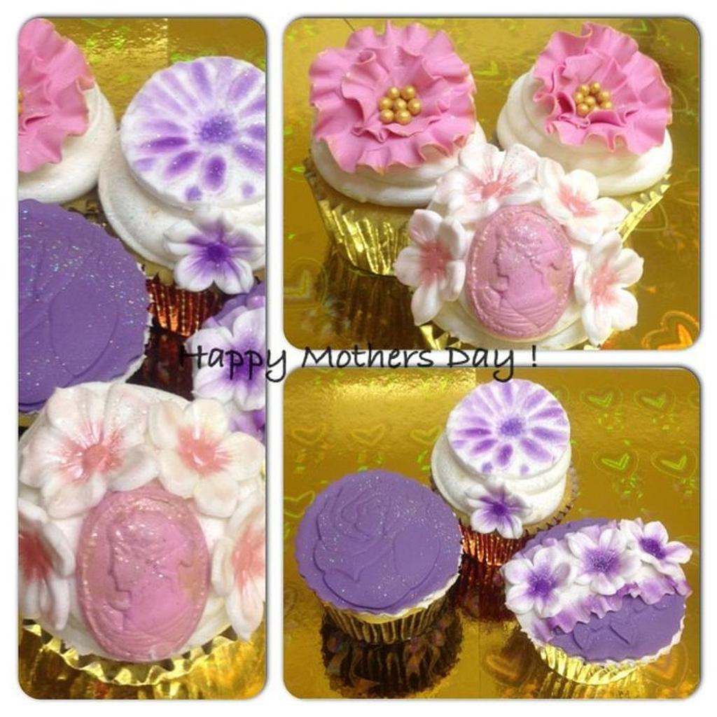 Mothers Day Cupcakes by Que's Cakes