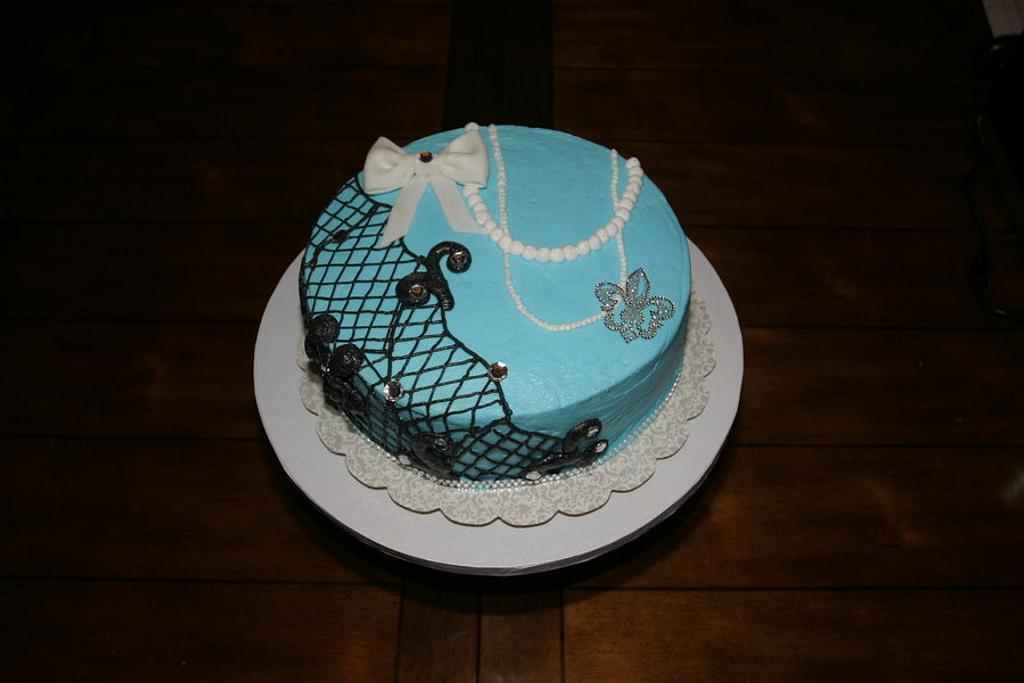 Shabby Chic Birthday Cake by Jen