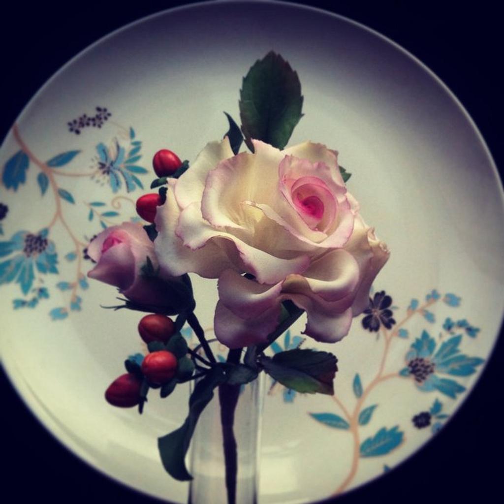 Sugar rose and hypericum by Kseniya Zaytseva