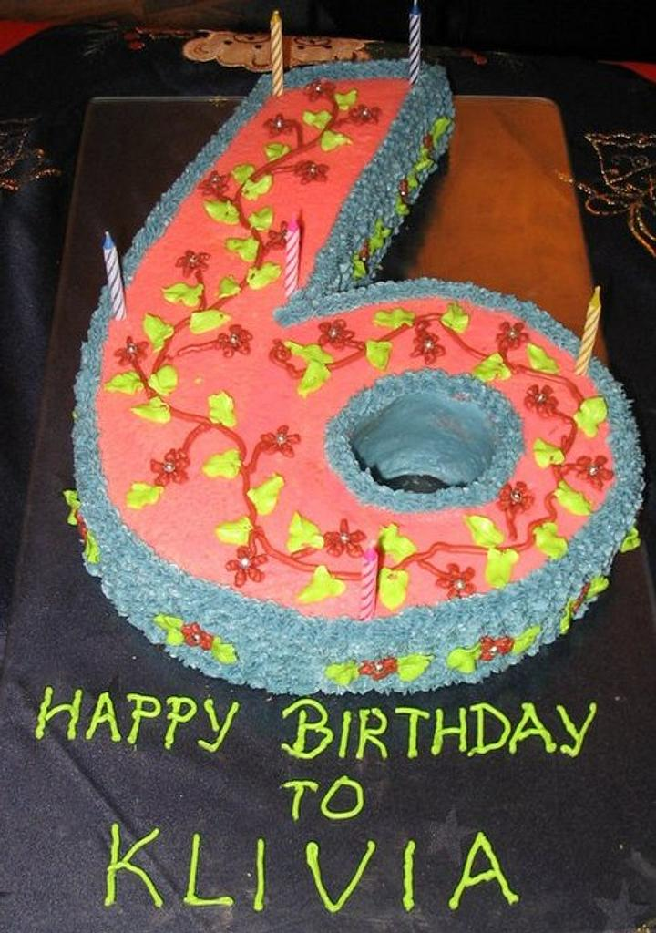 6th Birthday Cake by Mary Yogeswaran