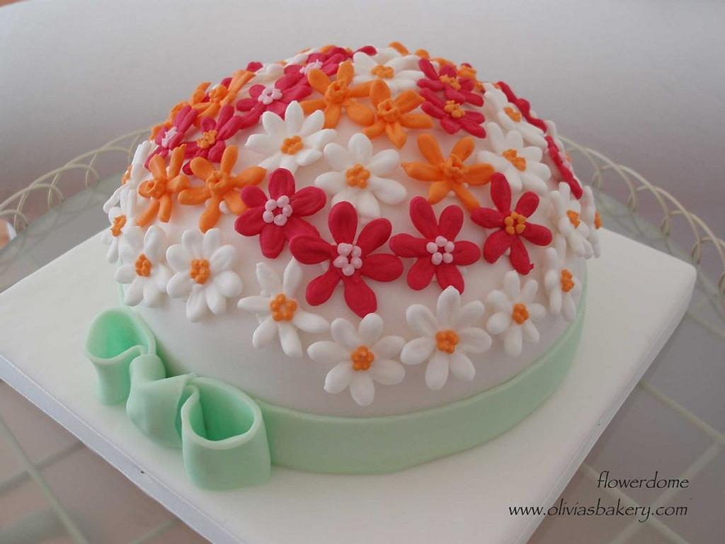 flower dome by Olivia's Bakery