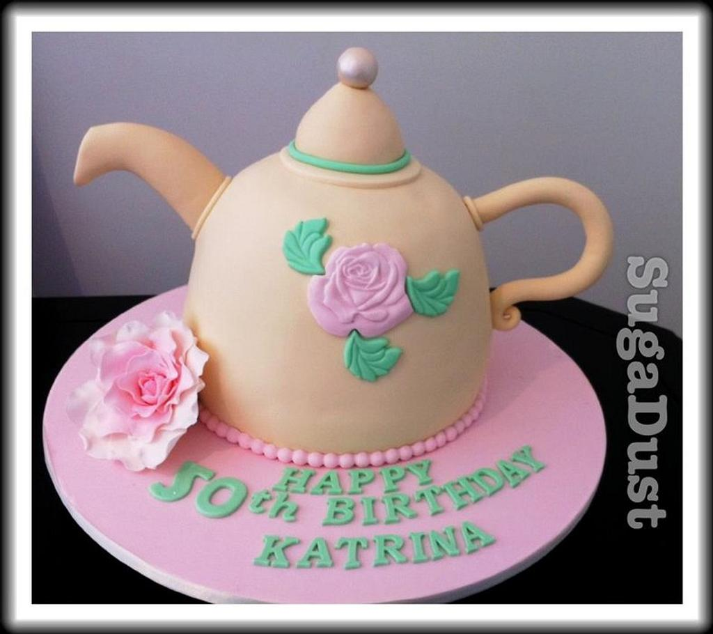 Teapot Cake by Mary @ SugaDust