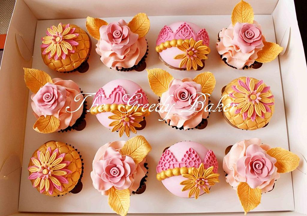 Pink & Gold Cupcakes by Kate