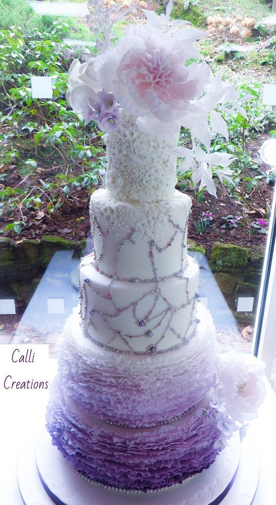 Lilac Romance - Wedding Cake by Calli Creations