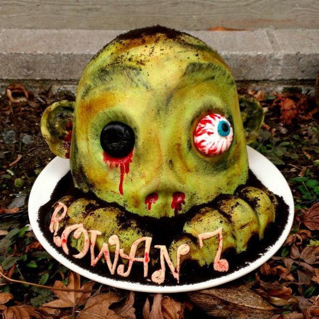 3D zombie head by cheeky monkey cakes