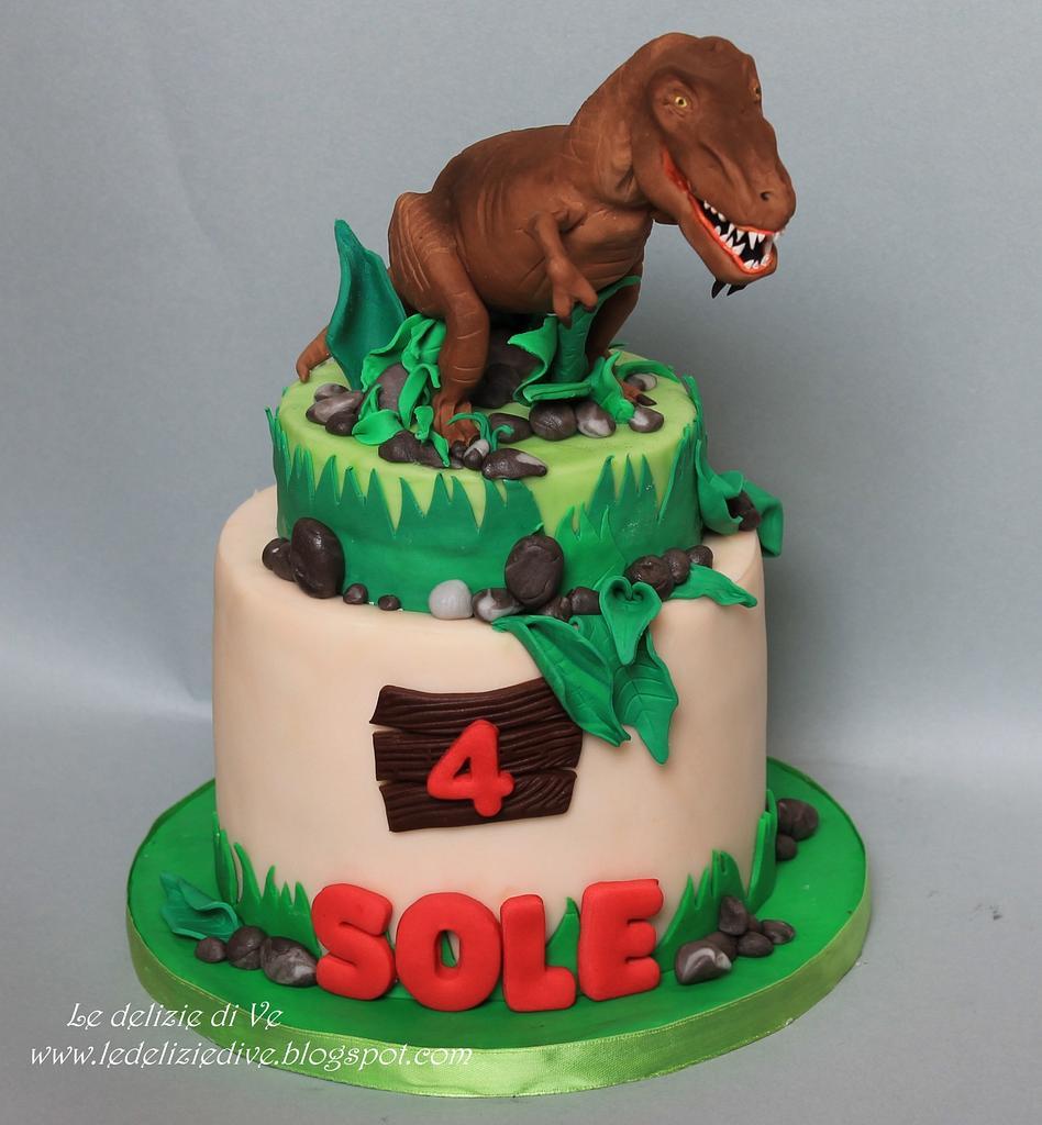 T rex cake by le delizie di ve