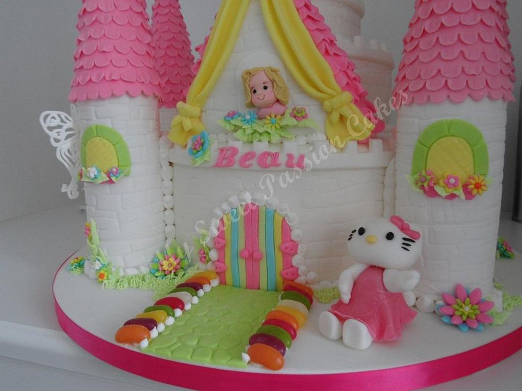 Castle Cake by Beata Khoo