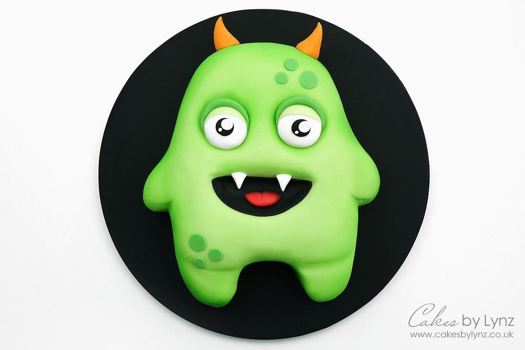 Halloween Monster Cake by CakesbyLynz
