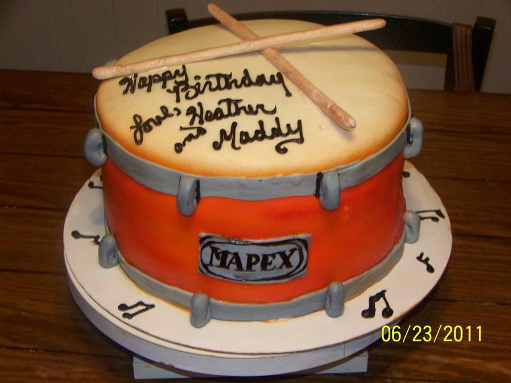 Drum cake by Tracy Buttermore