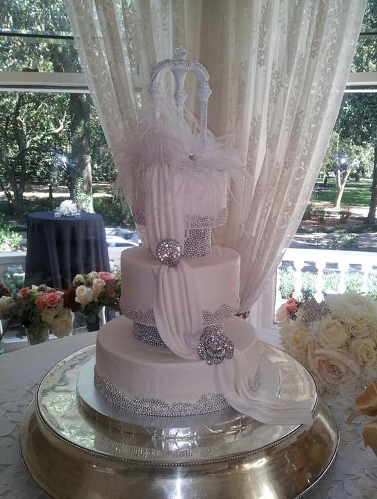 southern charm vintage wedding cake by Deborah