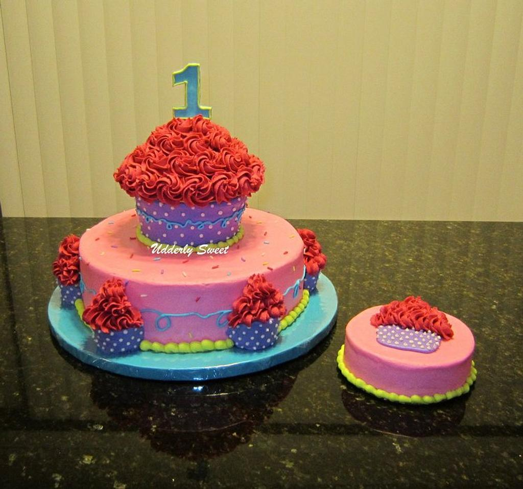 Girly Cupcake Cake by Michelle