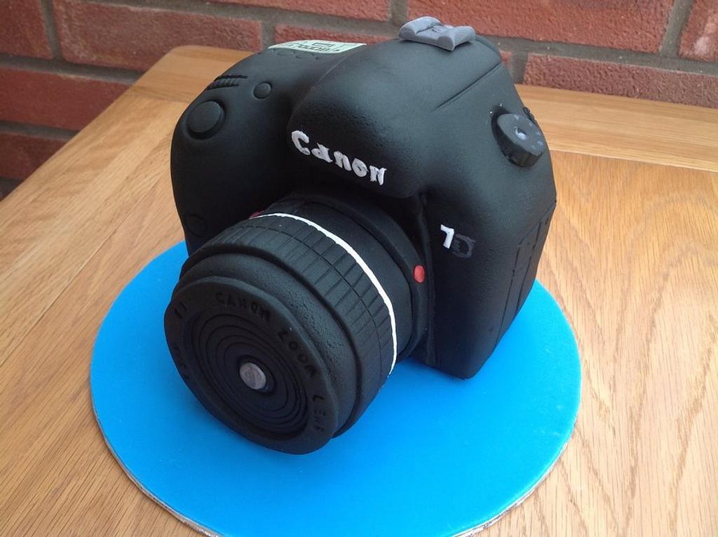 Camera cake by 2wheelbaker