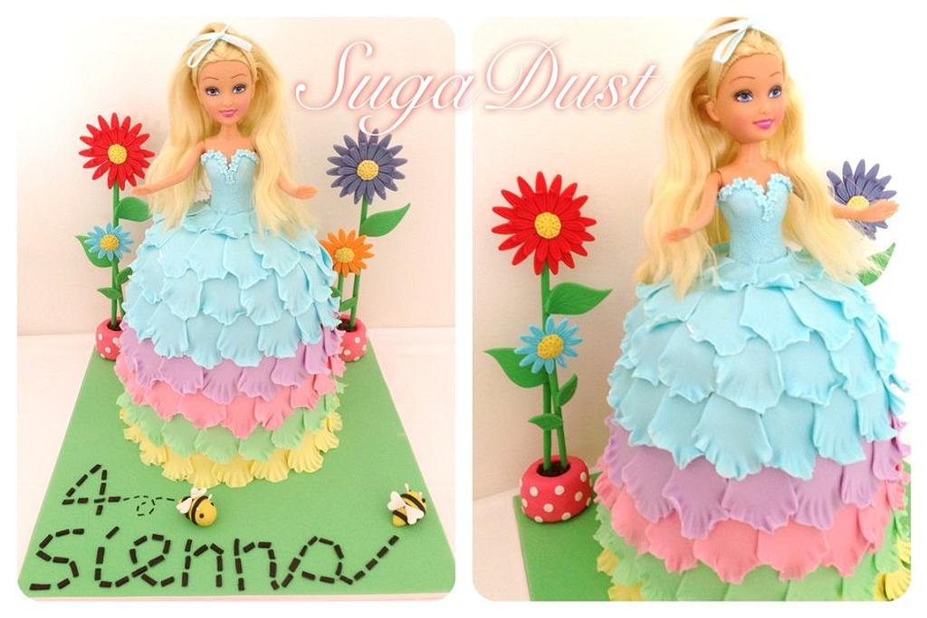 Dolly cake  by Mary @ SugaDust