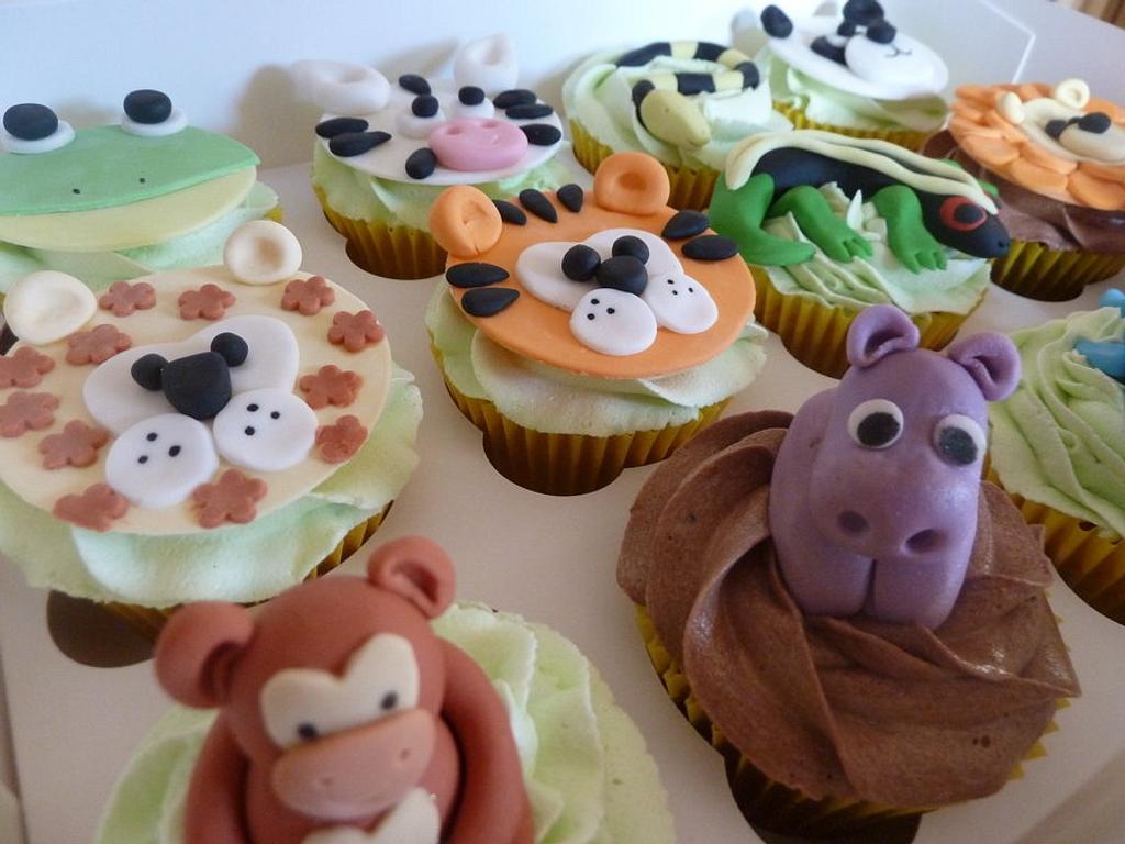 Jungle/Zoo Animal Cupcakes by Sian