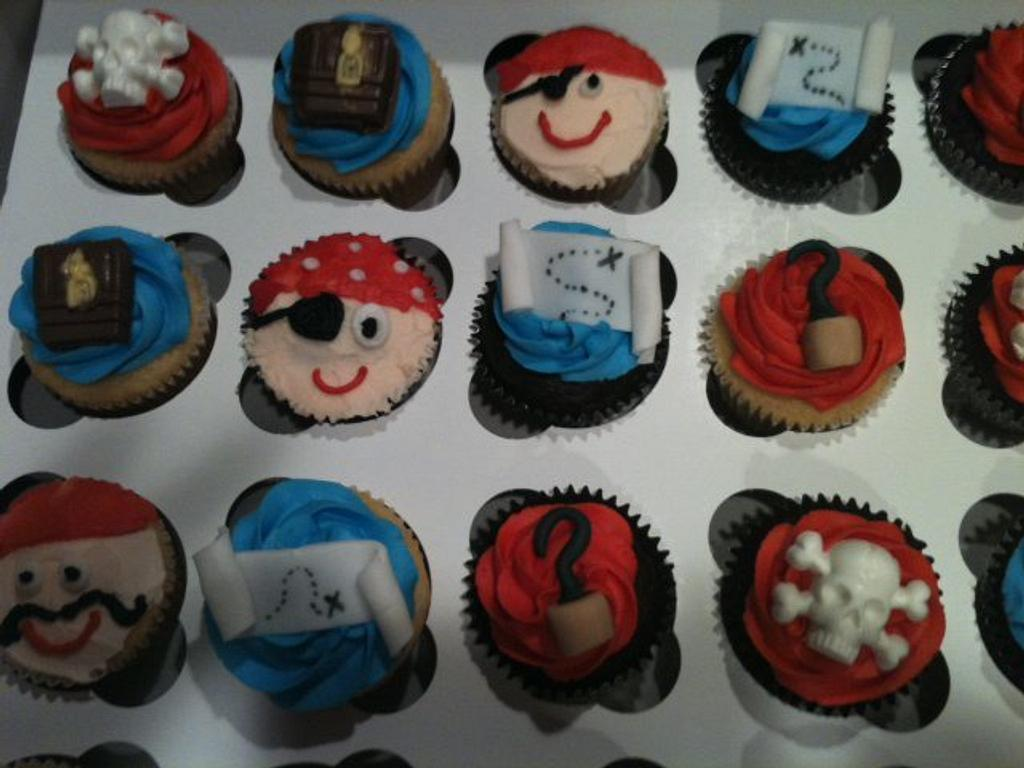Pirate cupcakes  by michelle