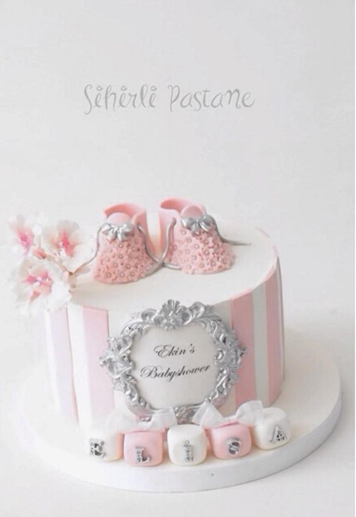 Pink Babyshower Cake by Sihirli Pastane
