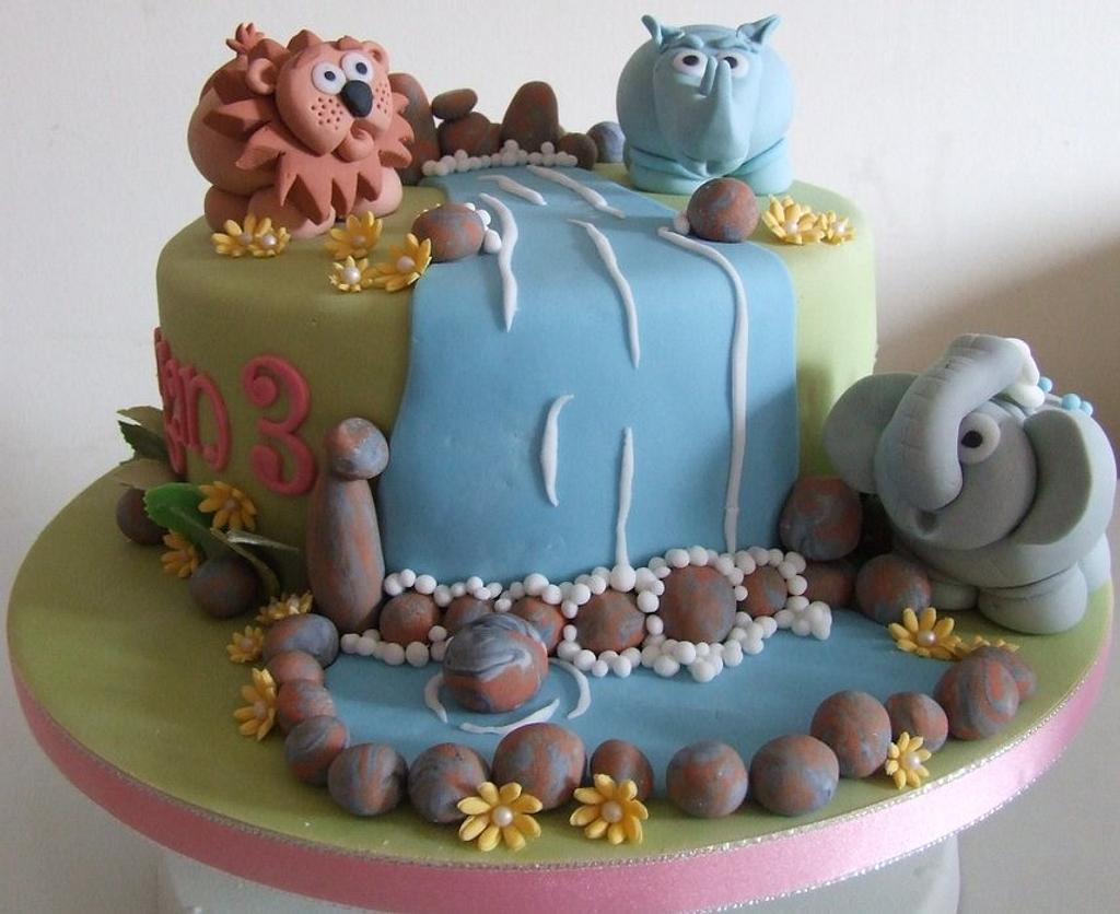Jungle Themed Cake by Shereen