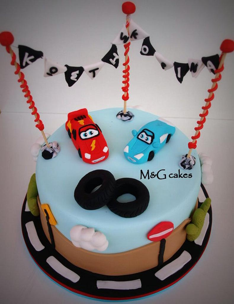 McQueen and Sally from Cars movie by M&G Cakes