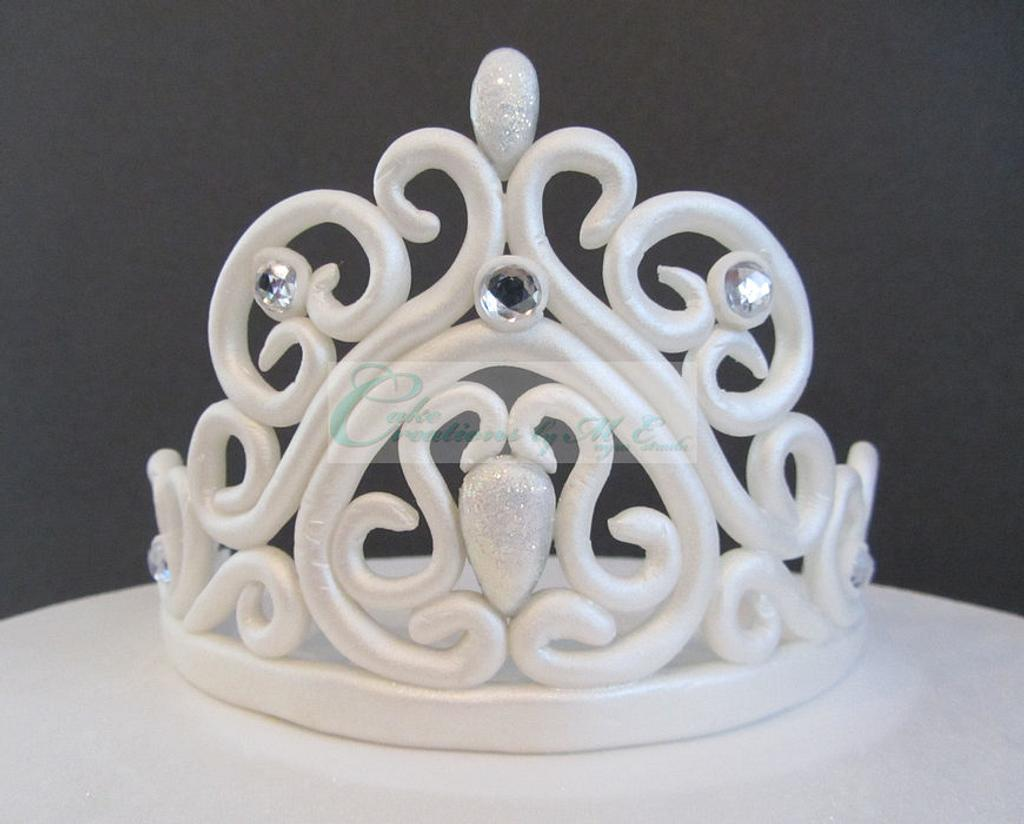 Fondant Tiara by Cake Creations by ME - Mayra Estrada