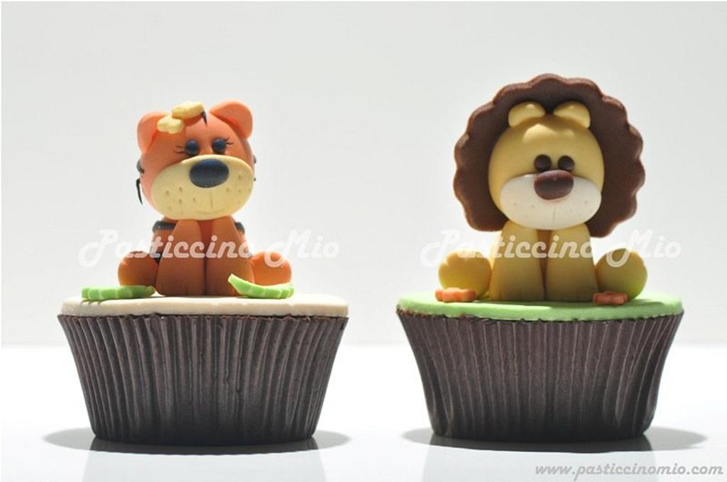 Tiger and Lion Cupcakes by Pasticcino Mio