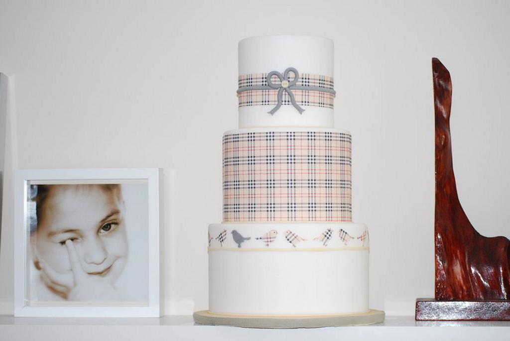 burberry cake by Olivia's Bakery
