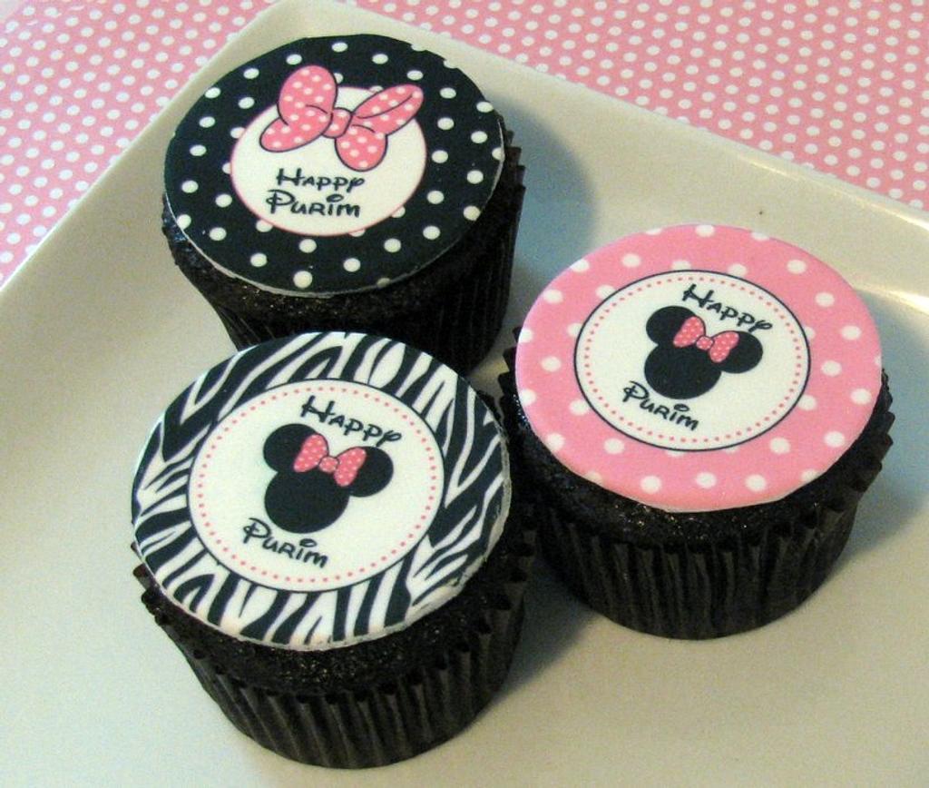 Cupcakes & Cookies by Cheryl