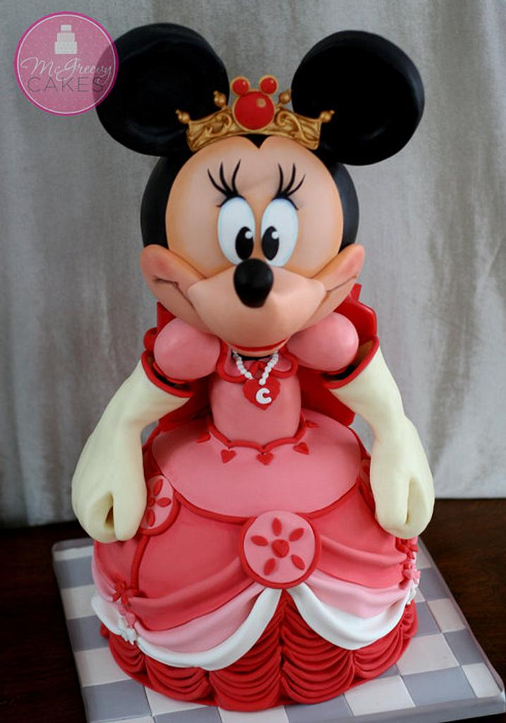 Queen Minnie, Her Highness! by Shawna McGreevy