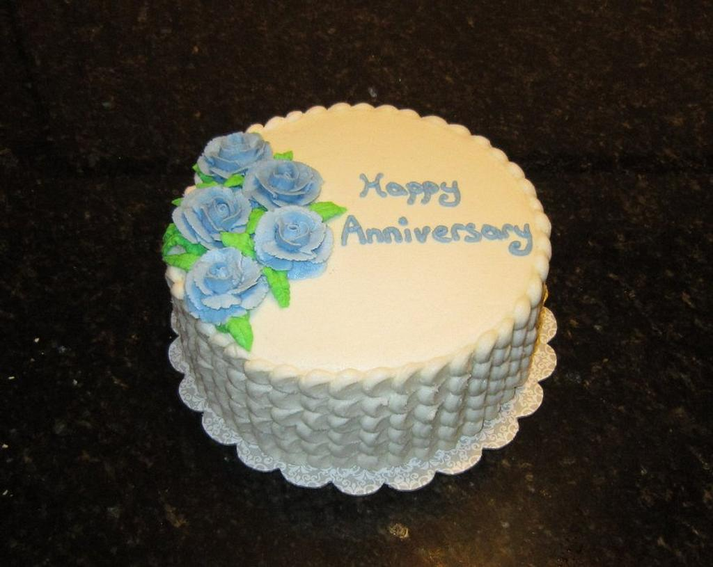 Anniversary Cake by Michelle