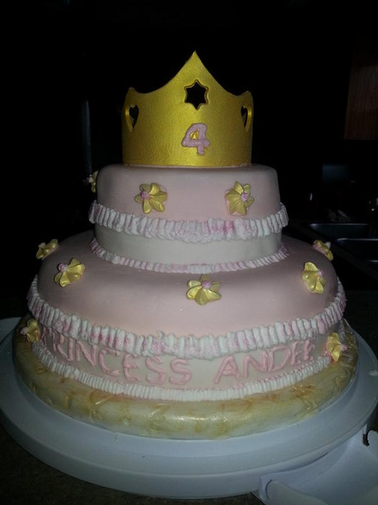 Princess Cake by earleen