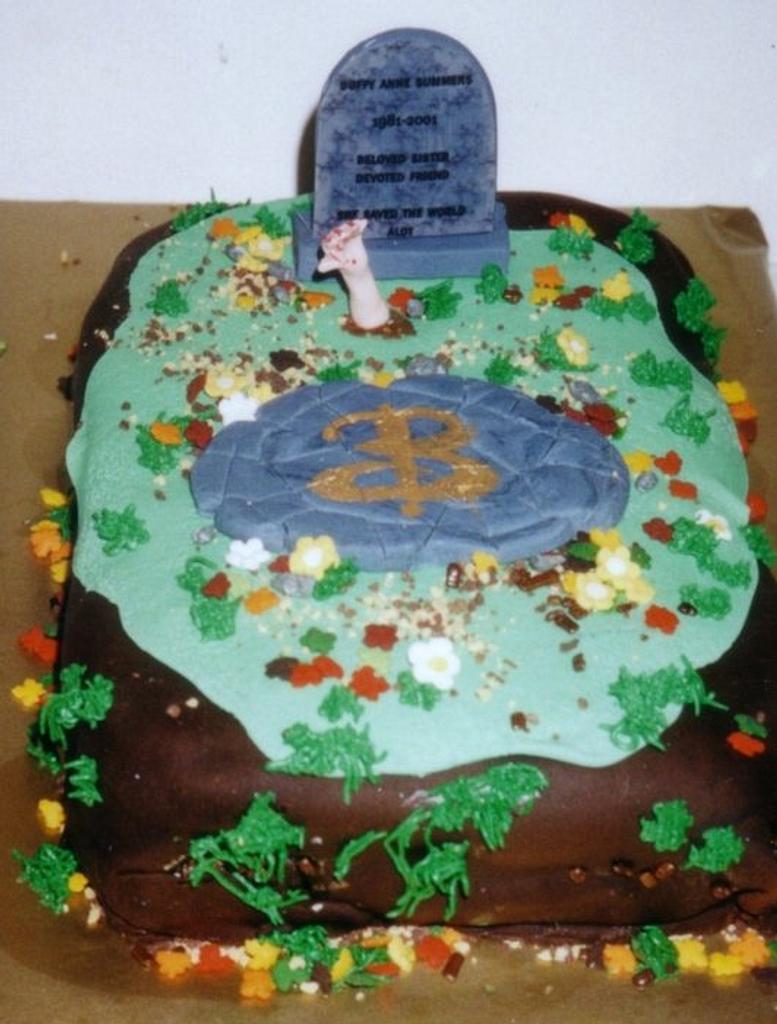 Buffy The Vampire Cake by Cheryl