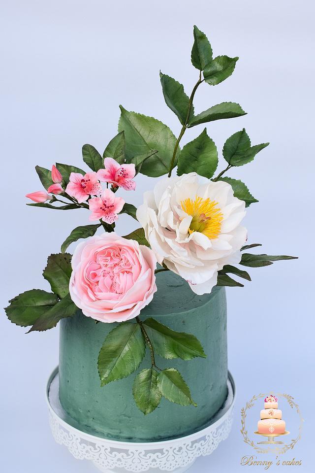 Flowers birthday cake  🌸🌹🌿