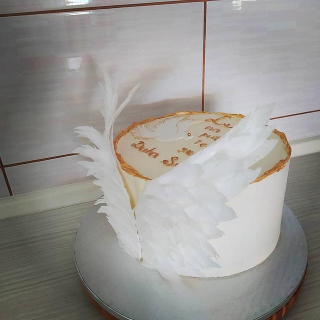 Angel wings cake