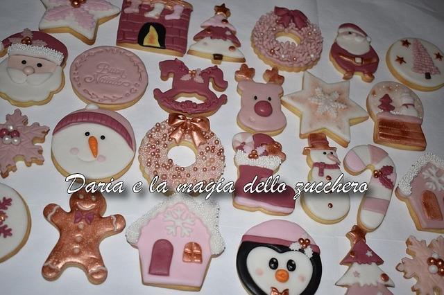 Rose Christmas cookies