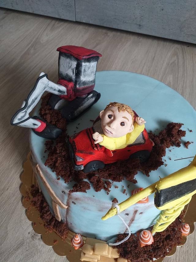 cake with excavator, truck with crane