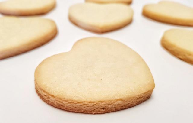 Easy No Spread Sugar Cookie Recipe