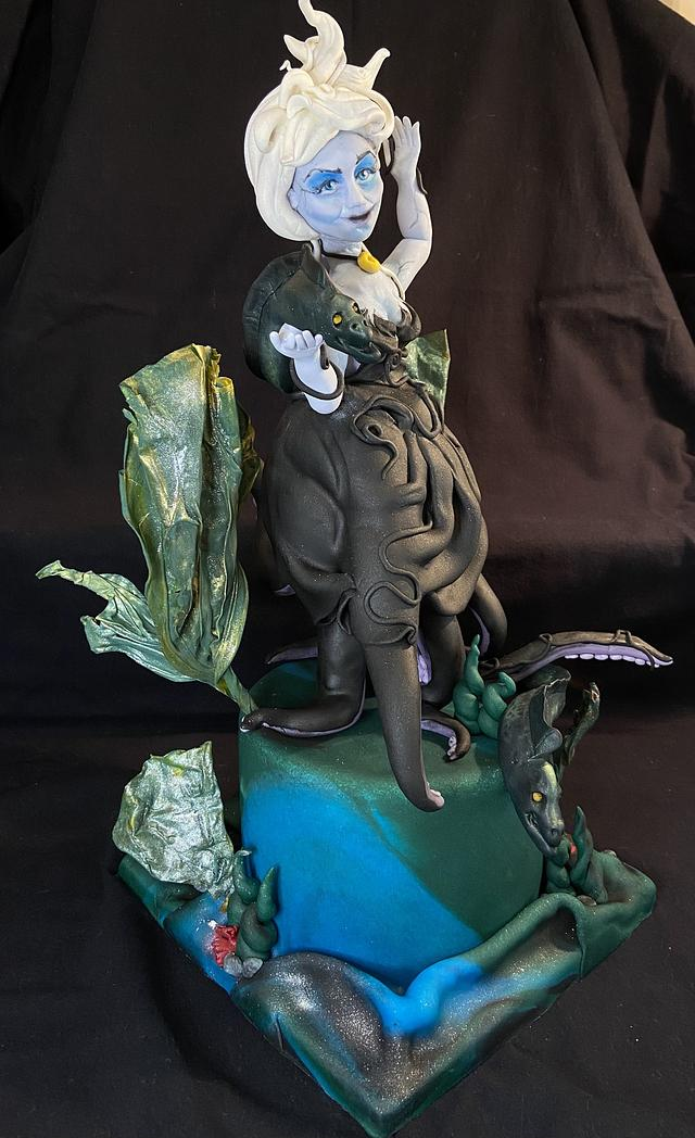 Ursula- Fairytales of Old Figurines Category- Cake Champions