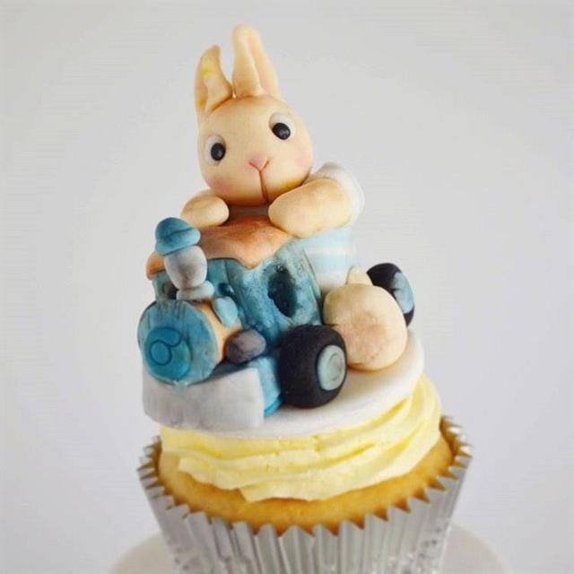 Bunny on a Train cupcake
