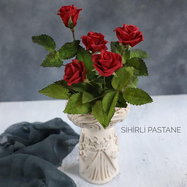 Wafer Paper Red Roses