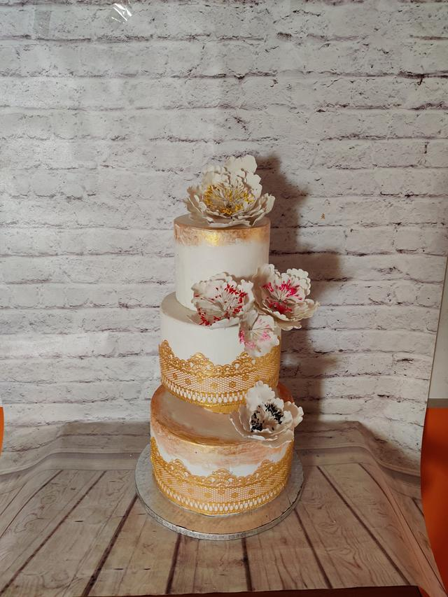Gold &White Wedding