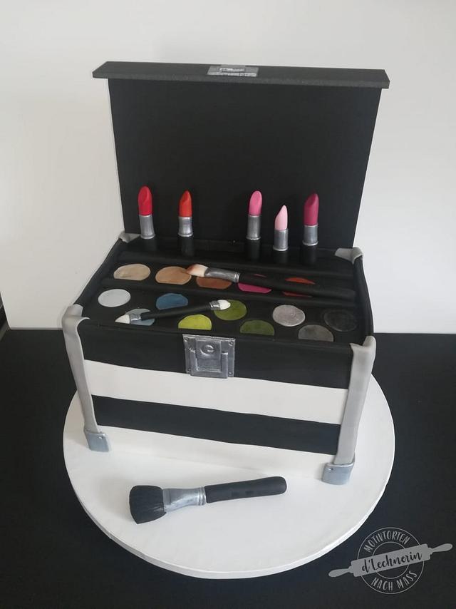 Make up artist case