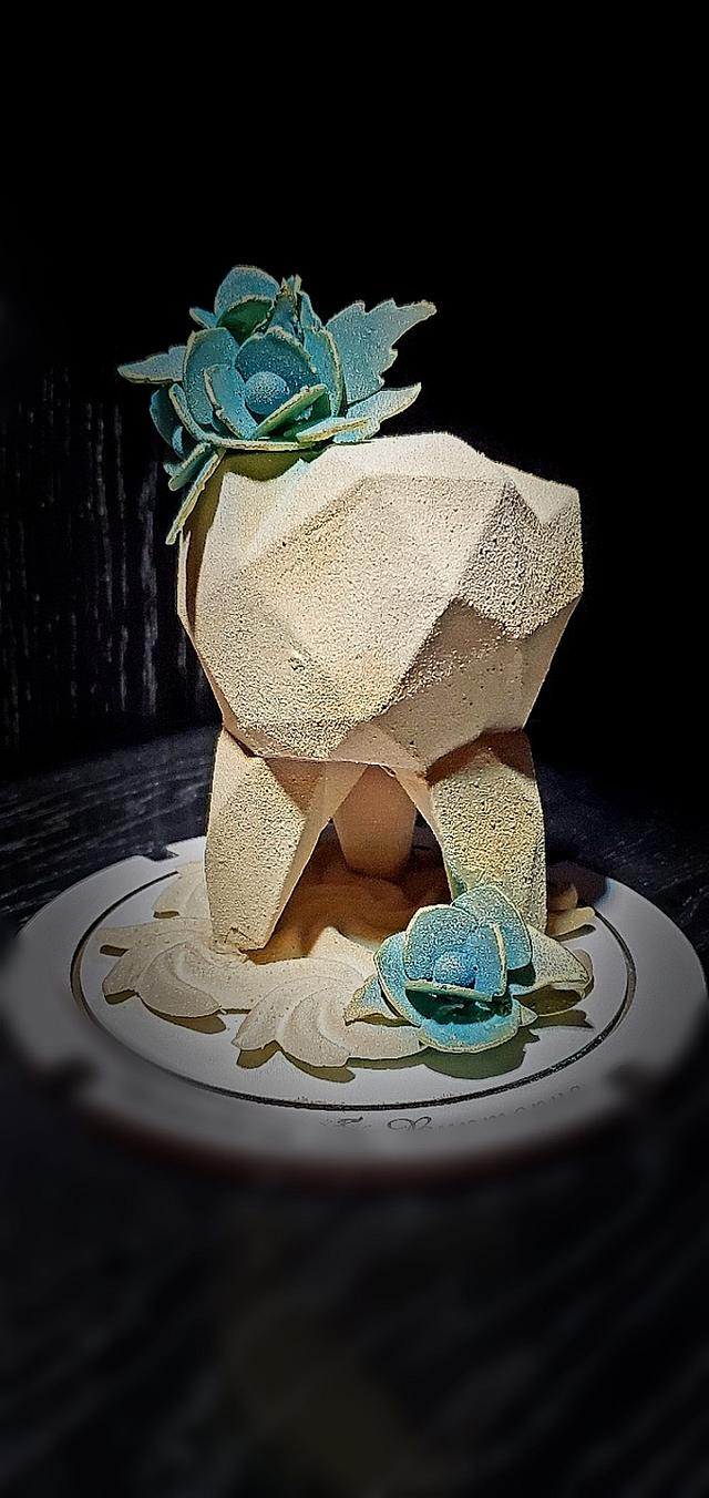 Dentist's day gift - chocolate sculpture